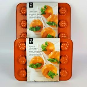 Pumpkin Cake Pop Pan by Nordic Ware